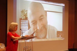 Basilio Ruiz Cobo en su conexión vía skype
