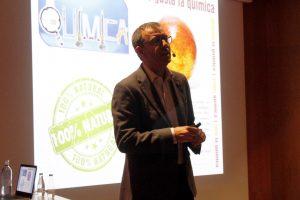 José Manuel López Nicolás durante su charla