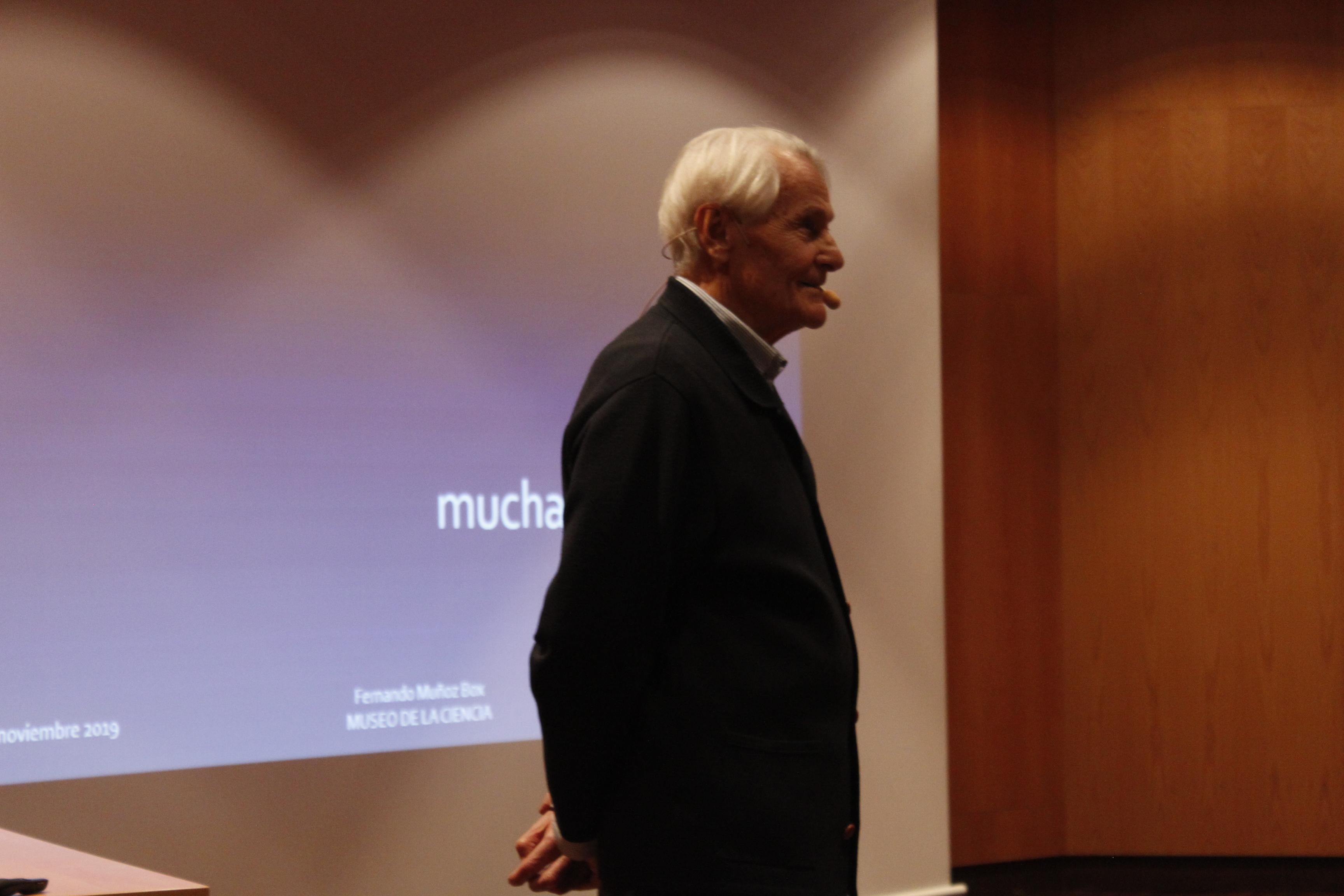 Fernando Muñoz Box en el Auditorio del Museo de la Ciencia de Valladolid